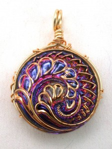 Front view of pendant