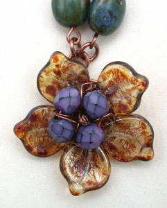 Five-petaled pendant on armature